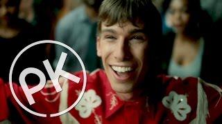 Video Paul Kalkbrenner - Feed Your Head (Official Music Video) download MP3, 3GP, MP4, WEBM, AVI, FLV Desember 2017
