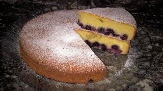 Пирог Замарашка с черникой. Бисквитный пирог с ягодами.