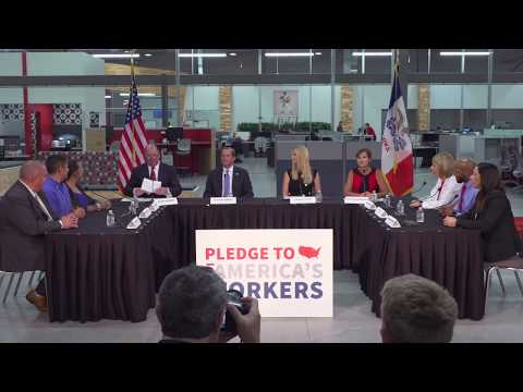 HHS Secretary Visits Hy-Vee Innovation Center In Grimes, Iowa For Pledge To America's Workers Month