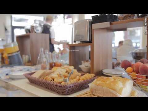 Hôtel Restaurant - A Oyonnax dans l'Ain (01) - Central Parc Inter Hôtelde YouTube · Durée:  1 minutes 15 secondes