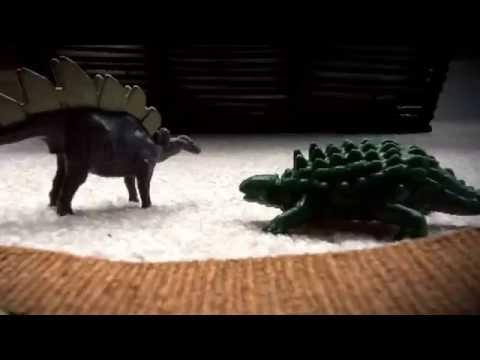 Stegosaurus vs ankylosaur