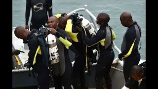 BREAKING NEWS: LIKONI FERRY TRAGEDY - Divers sight the plunged car at the Likoni channel in Mombasa
