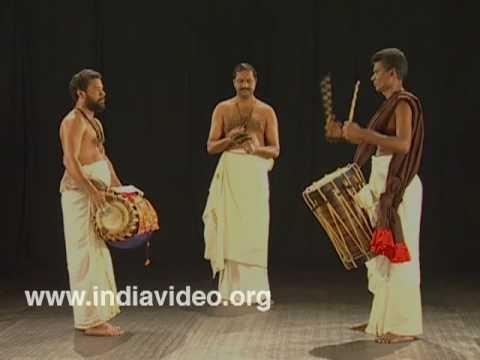 Keli - announcing a Kathakali performance