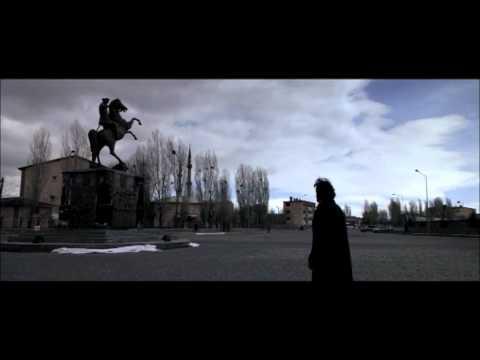 Trailer do filme Kosmos