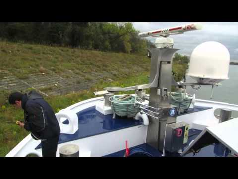 1 MVI 3951 River Discovery II after ramming shore of Rhone April 1 2016