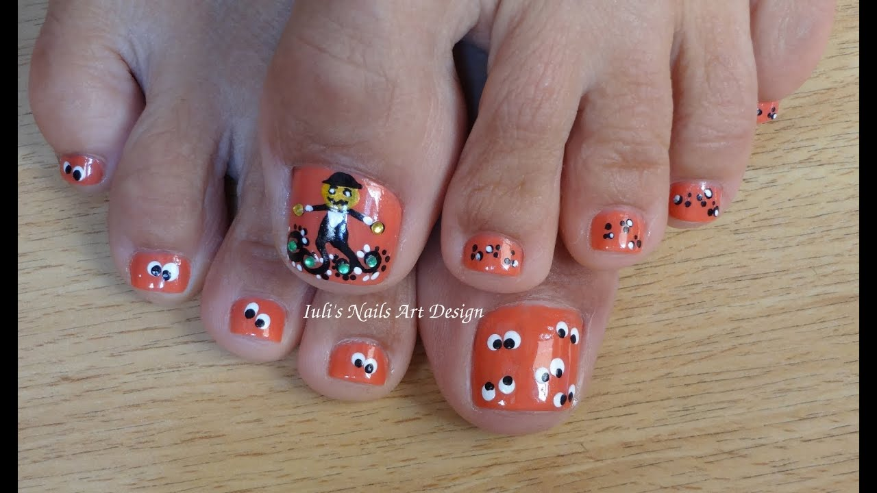 Two toe art design in one video toes art design funny pumpkin and two toe art design in one video toes art design funny pumpkin and scary eyes halloween art design youtube prinsesfo Image collections