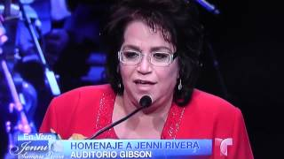 Homenaje a Jenni Rivera con la senora Rosa Rivera Madre de Jenni Rivera