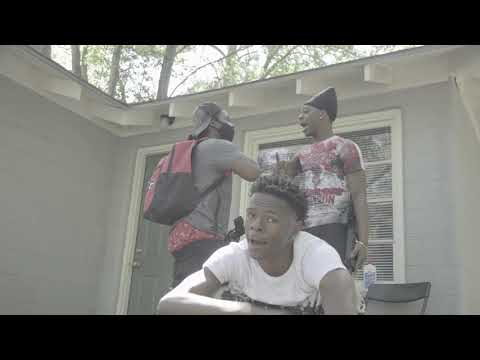 "Que Go Craxy Qc ""B*TCH BADDIE (BET IT)"" {OFFICIAL MUSIC VIDEO}"