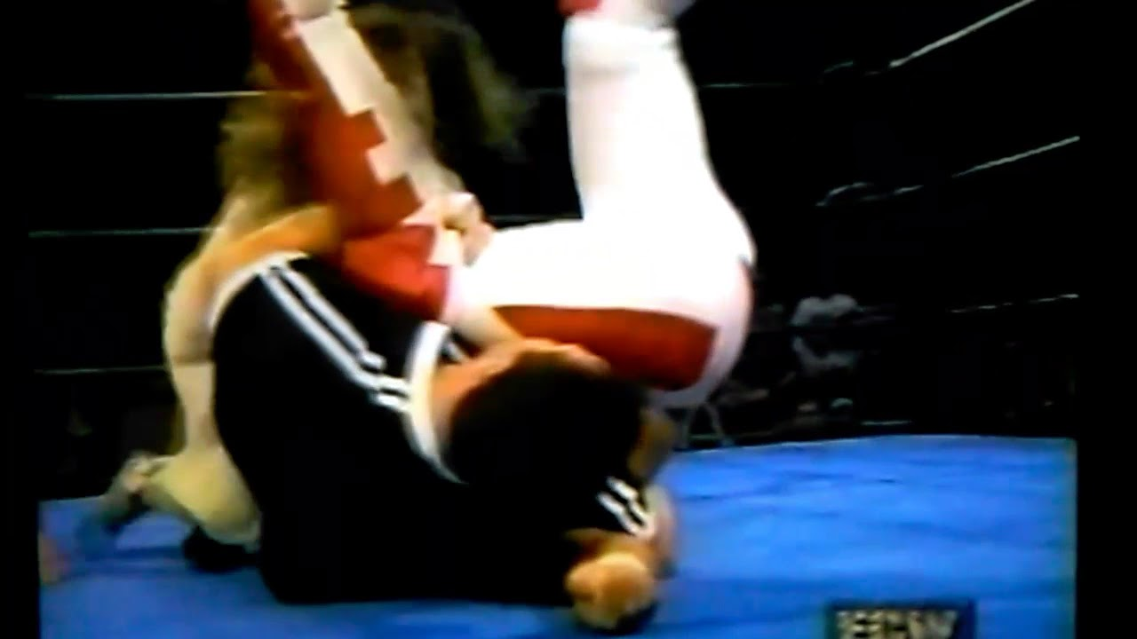 Ecw Catfight Francine Vs Dawn Marie Youtube