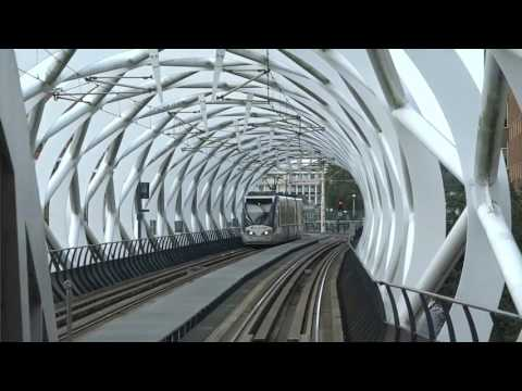 """BQX/NYC Streetcars: Light Rail """"el"""" Leaps Over Gridlocked Downtown Streets?"""