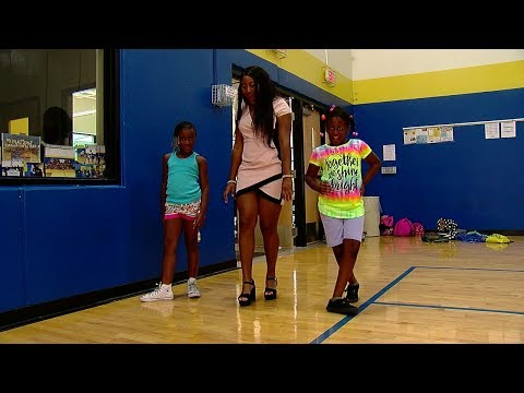 friars-club-hosts-first-ever-'back-to-school-clothes-drive-fashion-show'-for-kids