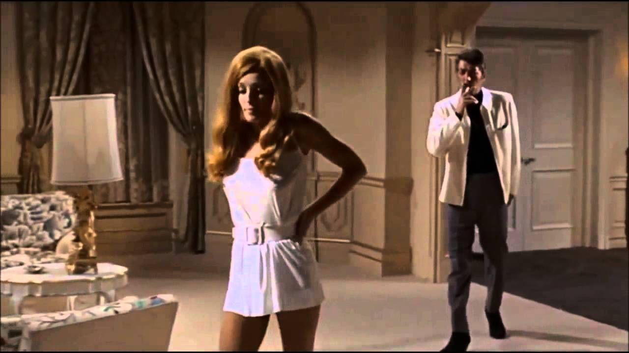 Sharon Tate and Dean Martin in 1968's