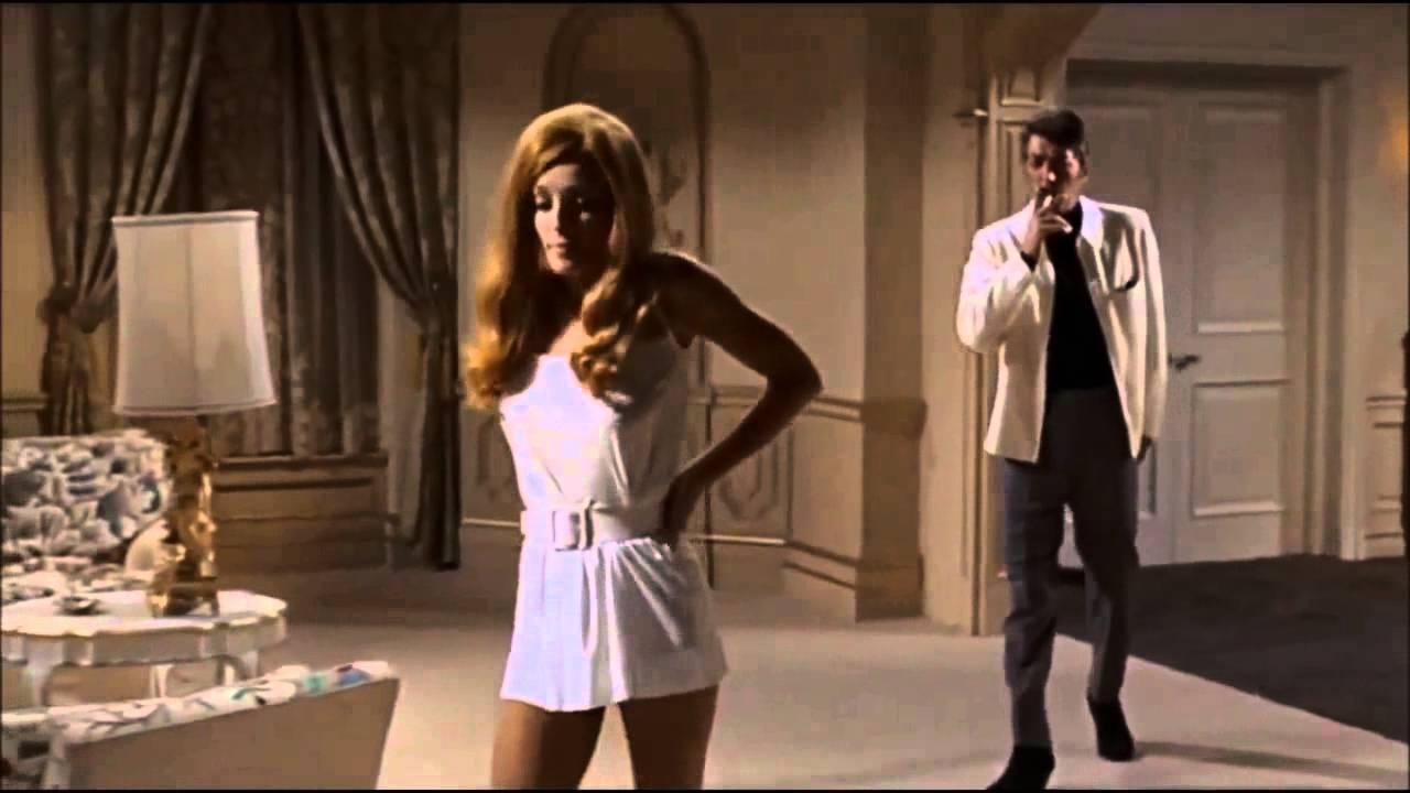 Sharon Tate und Dean Martin bei 1968