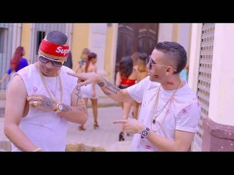 Jacob Forever  ft. Lenier - El Beso (Video Oficial)