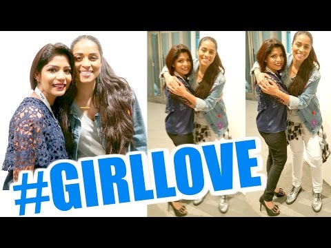 Vlog - It's A Girl Thing LIVE Singapore Vlog | SuperWoman Followed Me | #GirlLove | SuperPrincessjo