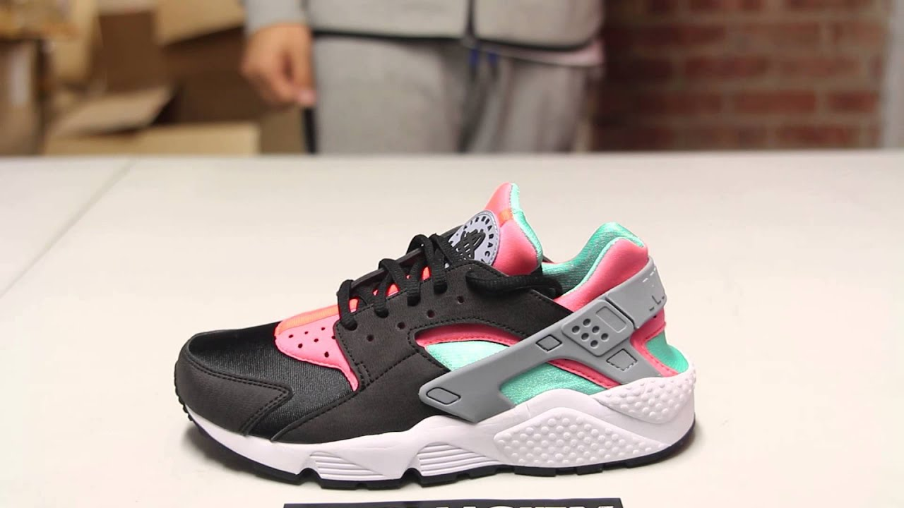 nike air huarache women black and lava