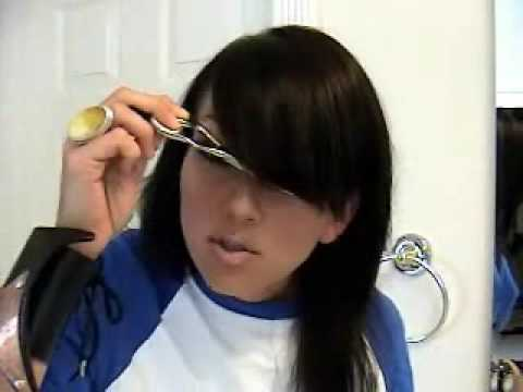 How to cut side swept bangs fringe kandee johnson youtube how to cut side swept bangs fringe kandee johnson urmus Image collections