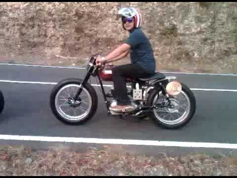 """Cafe Racer ( Indian Brave 250 1954 """"The Alexis"""" )"""