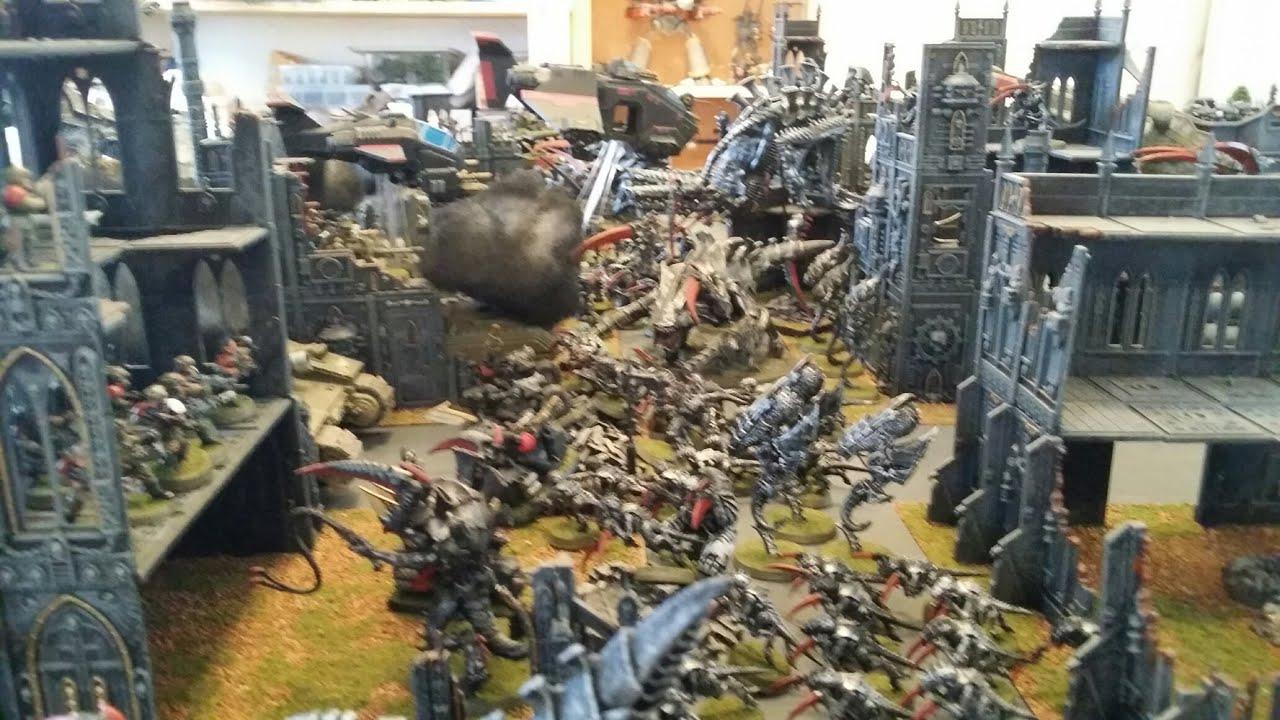 Warhammer 40K Astra Militarum & Space Marines vs Tyranids ...