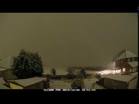 Rain turns to snow time-lapse: Boxing Day 2014, West Manchester