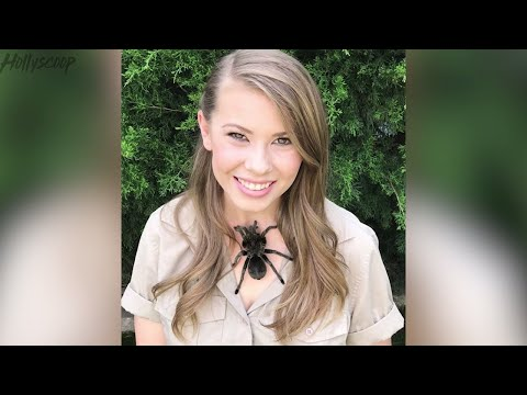 Bindi Irwin's Mom LOSES IT Over Her Instagram
