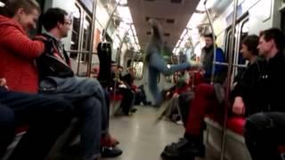 Breakdance w warszawskim metrze!