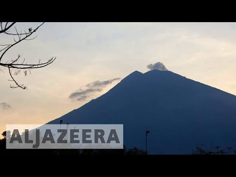 Indonesia orders thousands to evacuate Bali over fears of volcanic eruption