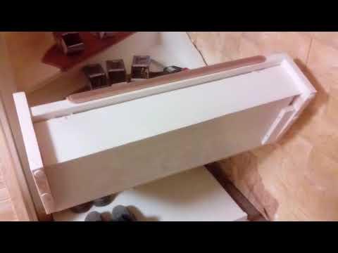Shoe Depot unter der Treppe mit Stairs-Lift (billigste Materialien)  Living idea cheaply