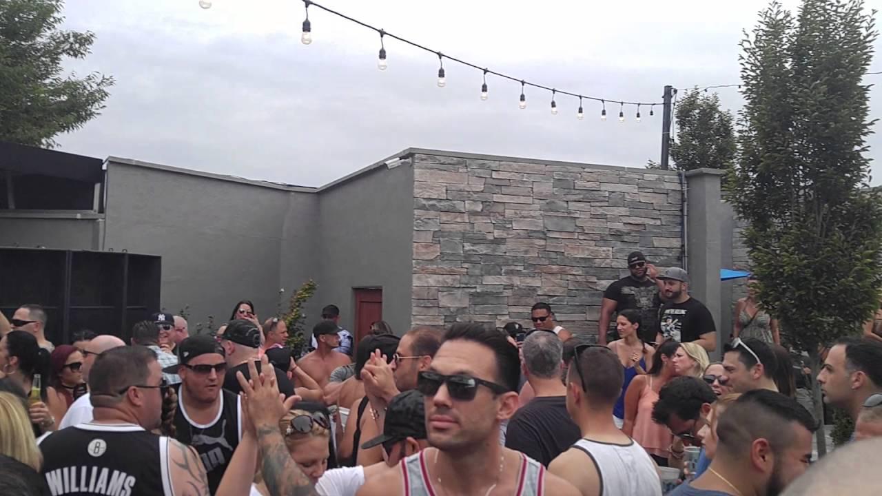 Vicious Vs Peters Live @ Patio Freeport 8/21/16