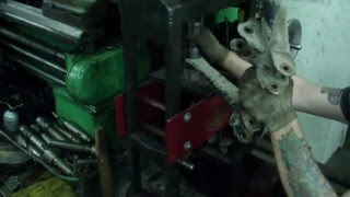 TOYOTA KOROLLA 4WD ремонт задней подвески(, 2016-03-12T09:05:54.000Z)