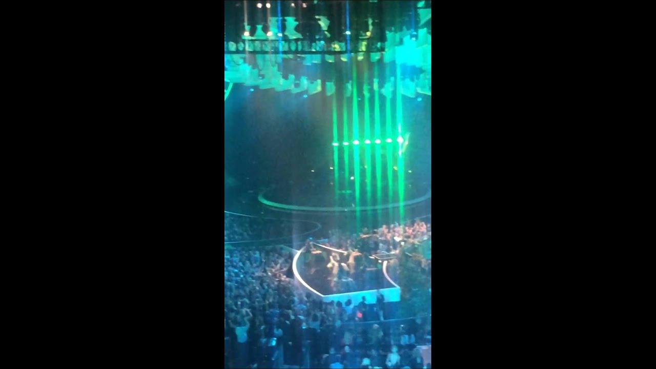 Nicki Minaj VMA 2014 performance Anaconda - YouTube