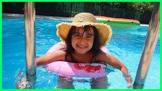 Rüya is swimming and fun play in the pool