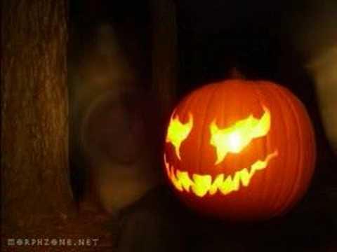scary pumpkins youtube rh youtube com really scary pumpkin faces scary traditional pumpkin