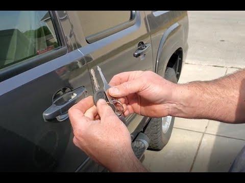 Cách mở cửa xe ô tô bằng chìa khóa vạn năng tự tạo đơn giản