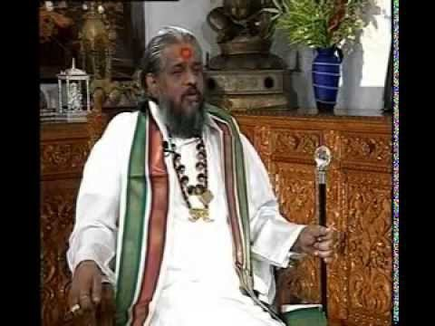 Rare interview of famous Godman Chandraswami w/Rajeev Shukla