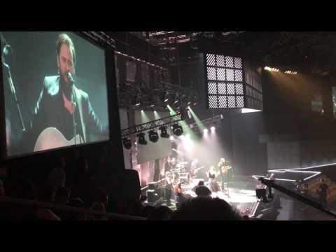 Bethel Music performing
