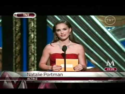 Elogia Natalie Portman a Demián Bichir; gana Jean Dujardin como mejor actor