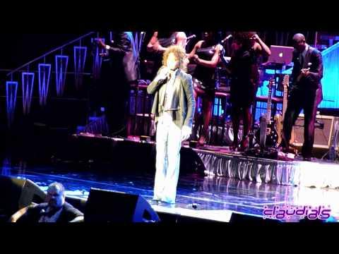 Whitney Houston LIVE Milano - I Wanna Dance With Somebody + How Will I Know
