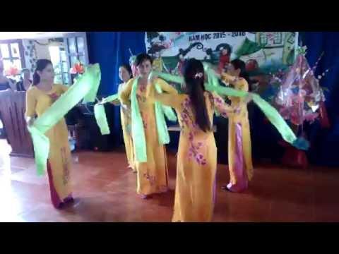 Bài ca cô giáo trẻ - múa khai giảng 5/9/2015 _ MN Thiệu Minh