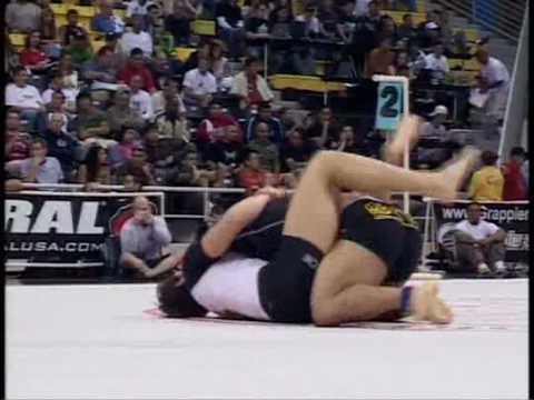 ADCC 2005: Roger Gracie vs. Justin Garcia