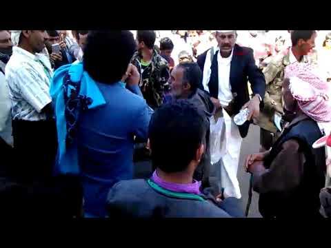 شاهدو-لا-اول-مره-/-يمني-مجنون-يغني-مع-المزمار-الشعبي-استمع