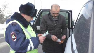 В Омске гаишники проверили, как водители пропускают скорые