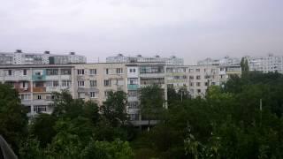 Бендеры Борисовка вид с балкона на идущий дождь и разговор по душам 27 Июля 2017 год thumbnail