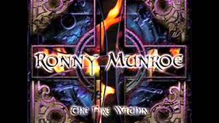 Watch Ronny Munroe Desperate Man video