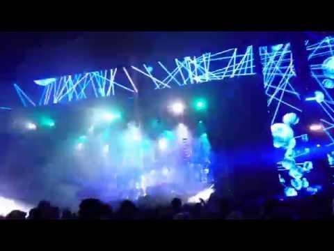 Calvin Harris closing at Creamfields 2016