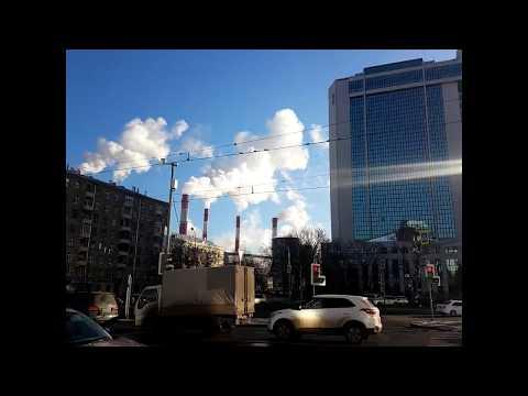 Пары дыма ТЭЦ-20 и сбербанк улица Вавилова