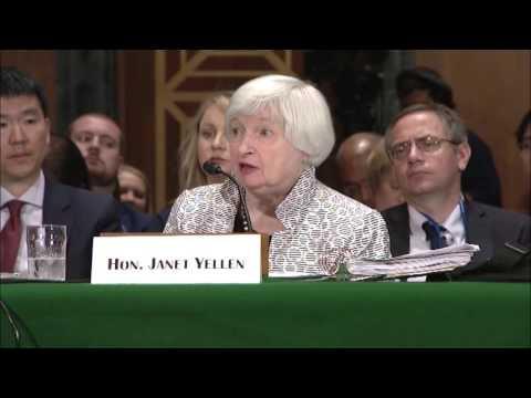 U.S. Senator Heidi Heitkamp Discusses Economic Growth with Chairwoman Janet L. Yellen