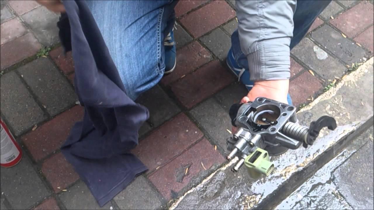 toyota corolla ae101 gaz kelebeği temizliği - throttle cleaning