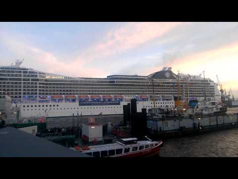 Cruise Ship Song - Seven Nation Army - MSC Magnifica - Hafenfest Hamburg