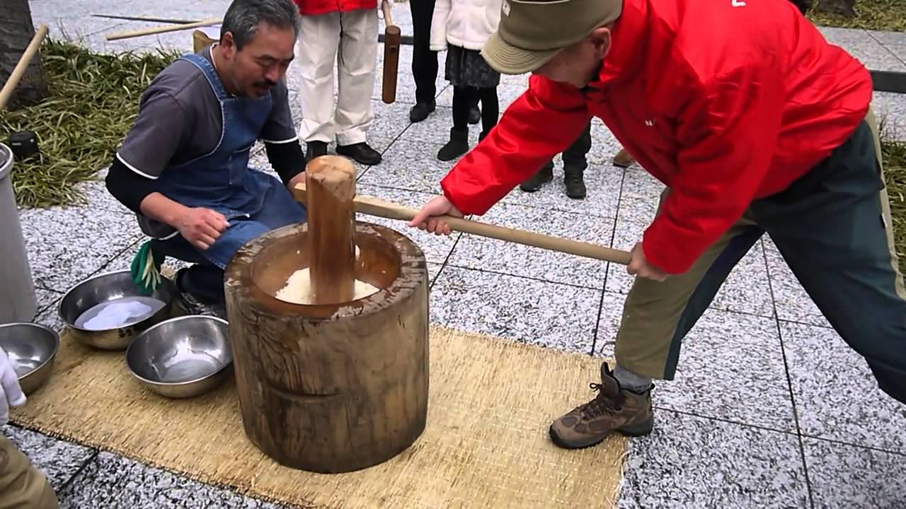 "Japanese A New Year traditional event ""Mochi-tsuki ..."